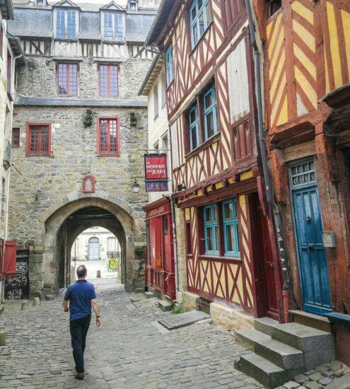 Casas entramadas en centro histórico de Rennes en Bretaña Francia