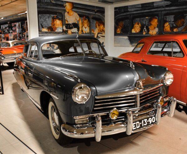 Museo Louwman de coches clásicos en La Haya
