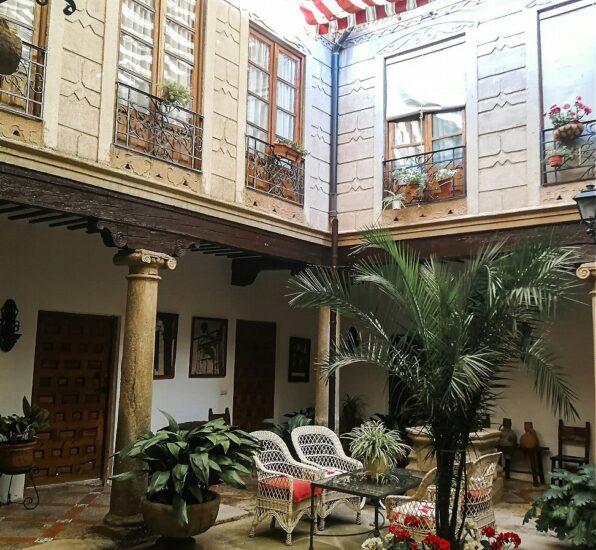 Patio de la Casa del Caballero del Verde Gabán en Villanueva de los Infantes
