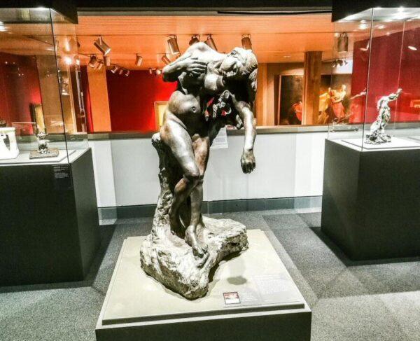 Escultura de Camille Claudel en Museo de Santa Cruz de Poitiers