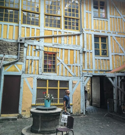 Antigua Carcel de San Michel en Rennes en Bretaña Francia