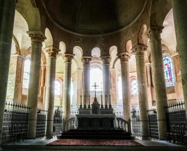 Iglesia de San Hilario en Poitiers