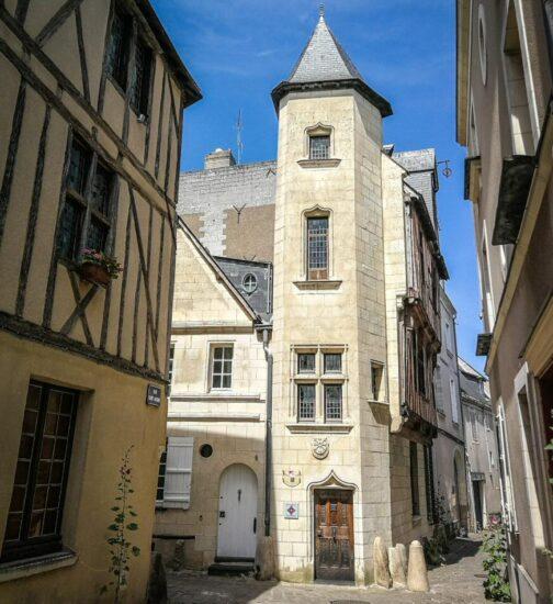 Centro histórico de Angers en el Valle del Loira en Francia