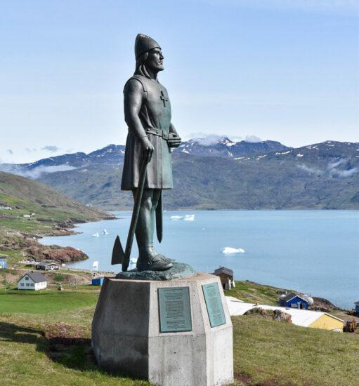 Monumento a Erik el Rojo en Qassiarsuk en Groenlandia