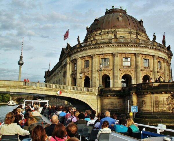 Crucero por el río Spree en Berlín