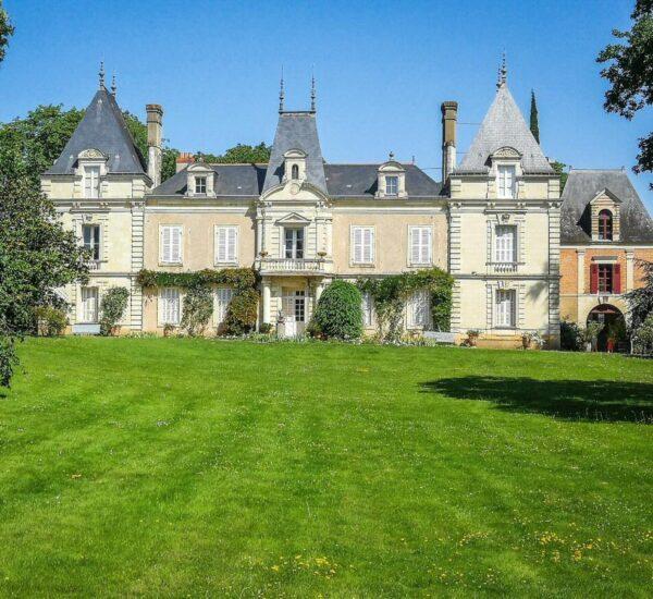 Chateau Domaine du Closel en zona de viñedos cerca de Angers