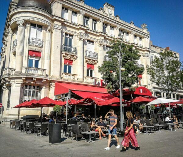 Plaza de Ralliement en Angers en el Valle del Loira en Francia