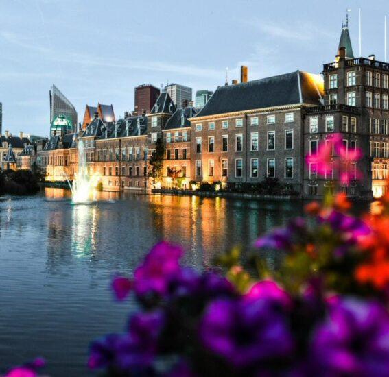 Castillo de Binnenhof en La Haya en Holanda