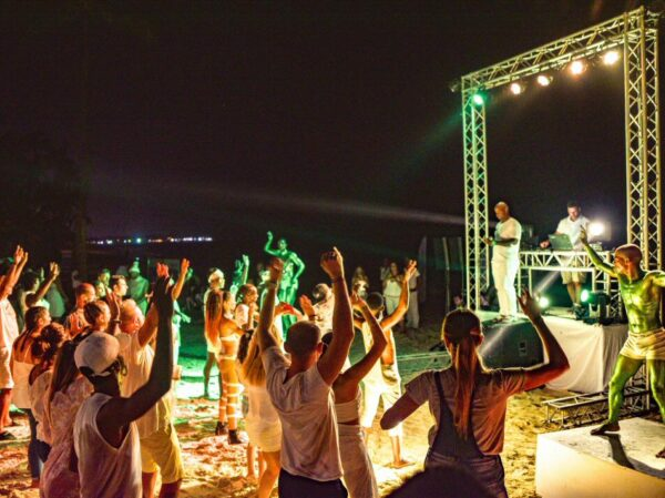 Fiesta en la playa en Grand Palladium Hotels & Resorts en Punta Cana
