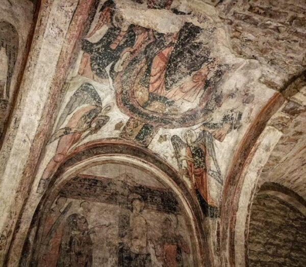 Pinturas en la iglesia colegiata del castillo de Cardona