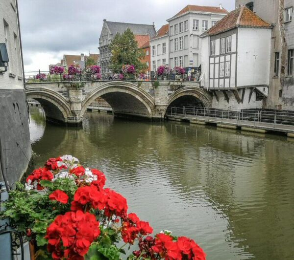 Canal Dyle en Malinas en Flandes en Bélgica