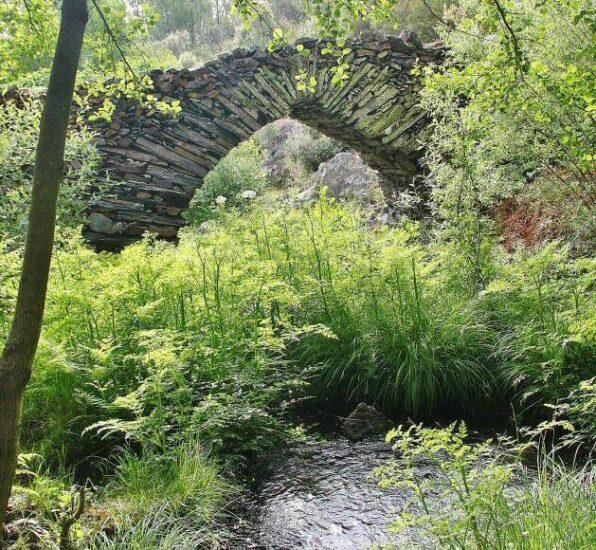 Puente Los Machos en Las Hurdes en la provincia de Cáceres
