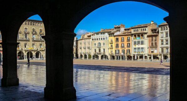 Plaza Mayor de Vic en la provincia de Barcelona