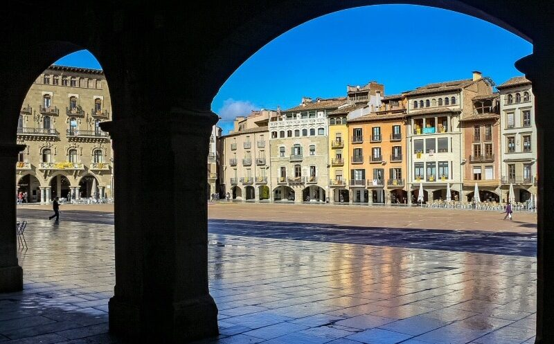 Plaza Mayor de Vic en la provincia de Barcelona
