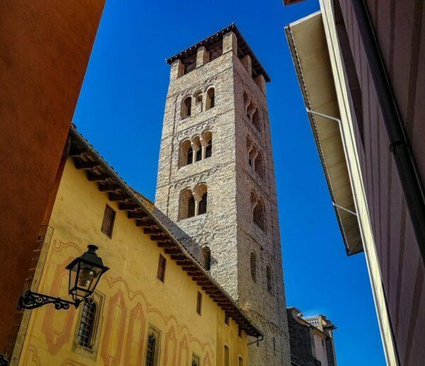 Torre campanario de la catedral de Vic en Barcelona