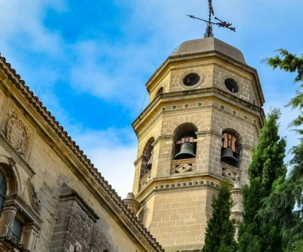 Torre de la catedral de Baeza en Jaén
