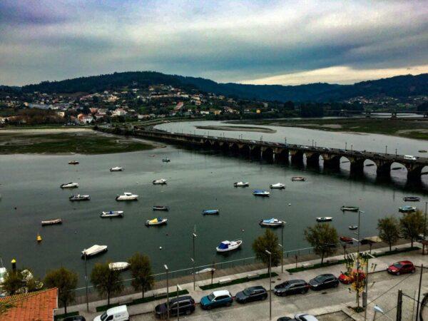 Pontedeume cerca de Ferrol en Galicia