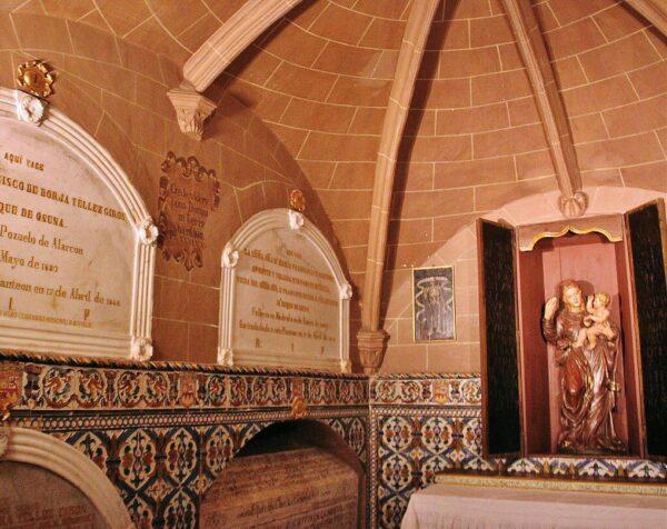 Panteón Ducal en la Colegiata de Osuna en Sevilla