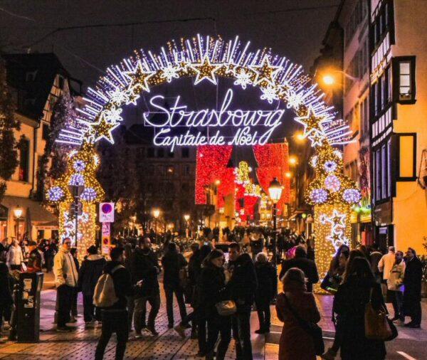 Luces de Navidad en Estrasburgo en Francia
