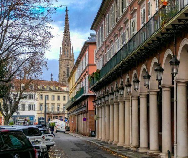 Plaza de la Bolsa en Mulhouse en Alsacia