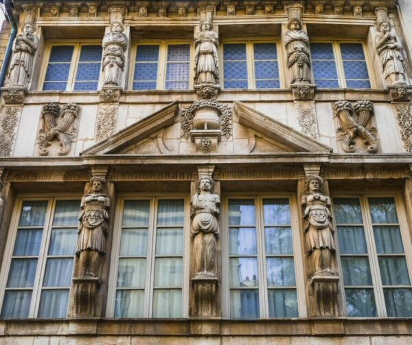 Casa palaciega en Dijon en Francia