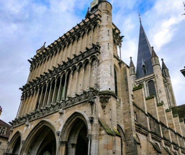 Iglesia de Notre Dame en Dijon