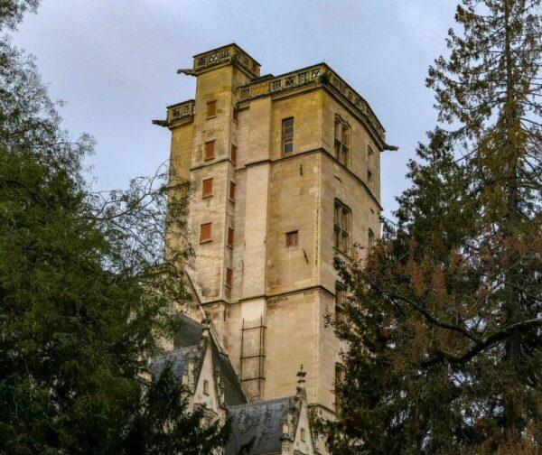 Torre de Felipe el Bueno en Dijon