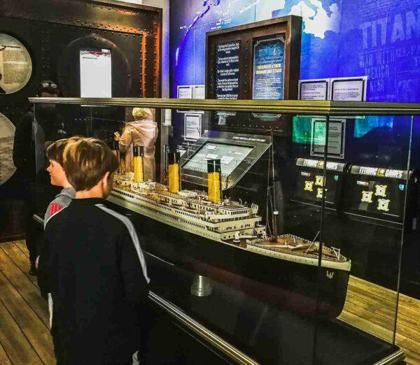 Titanic Experience en Cobh cerca de Cork al sur de Irlanda