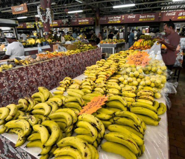 Mercado de Papeete en Tahití en Polinesia Francesa