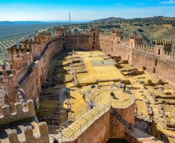 Castillo de Baños de la Encina en la provincia de Jaén