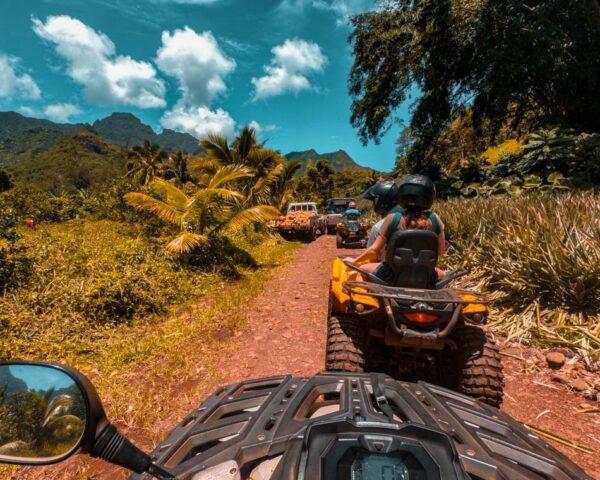 Ruta en Quad por los campos de cultivo de Moorea