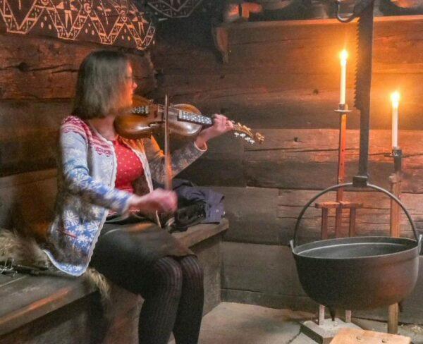 Museo Folklórico de Hardanger en fiordos noruegos
