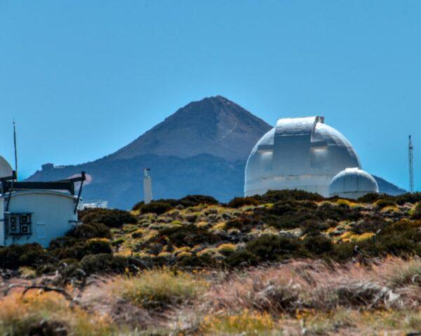 Observatorio Astronómico e Izaña cerca del Teide