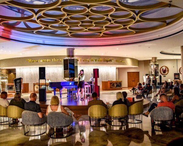 Musica en directo en Hard Rock Hotel Tenerife