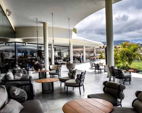 Terraza en el Hard Rock Hotel Tenerife