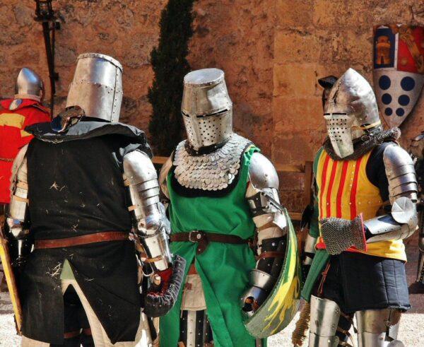 Combate medieval en castillo de Belmonte en Cuenca