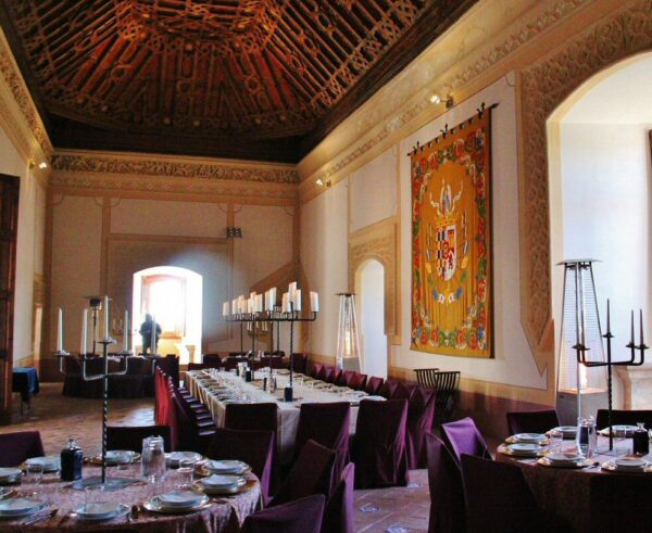 Salón de Banquetes del castillo de Belmonte en Cuenca