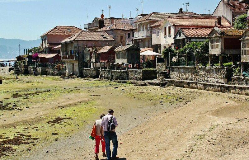 Combarro en Pontevedra, candidato a Mejor Destino de Playa 2019