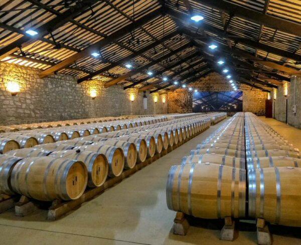 Nave Eiffell en Bodegas CVNE en Haro en La Rioja