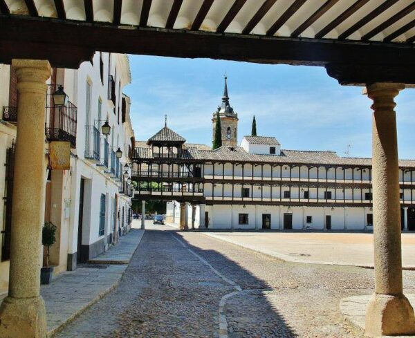 Plaza Mayor de Tembleque en Toledo