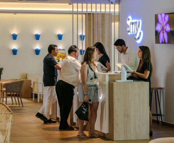 Recepción del Hotel Smy Costa del Sol en Torremolinos