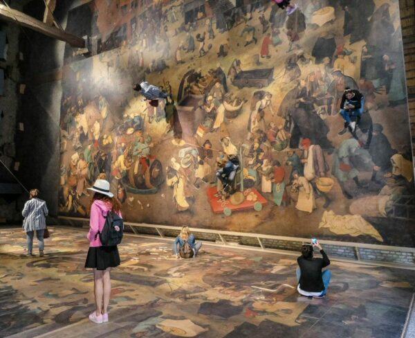 El mundo de Bruegel en museo al aire libre Bokrijk en Genk