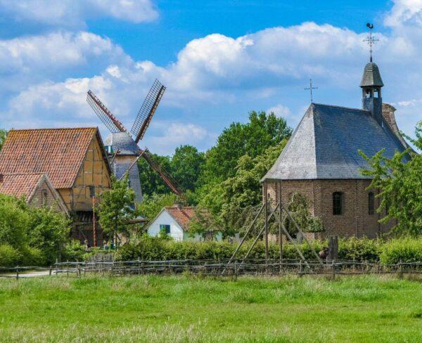Museo al aire libre Bokrijk en Genk en la región belga de Flandes