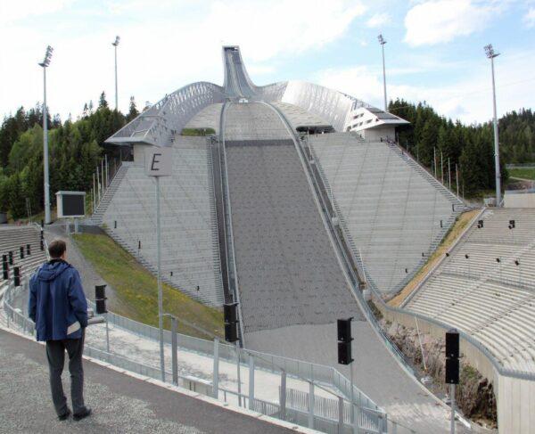 Estadio saltos de esquí de Holmenkollen en Oslo