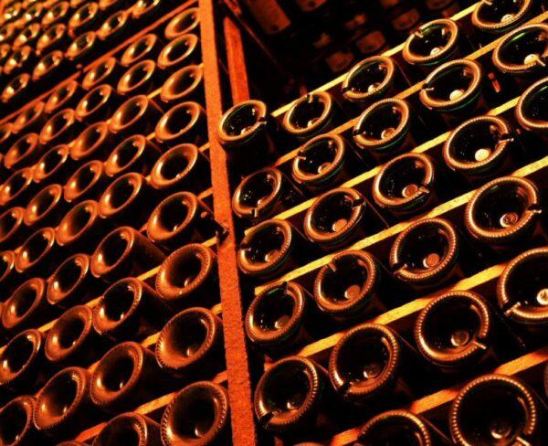 Botellero en Bodegas Franco-Españolas de Logroño en La Rioja