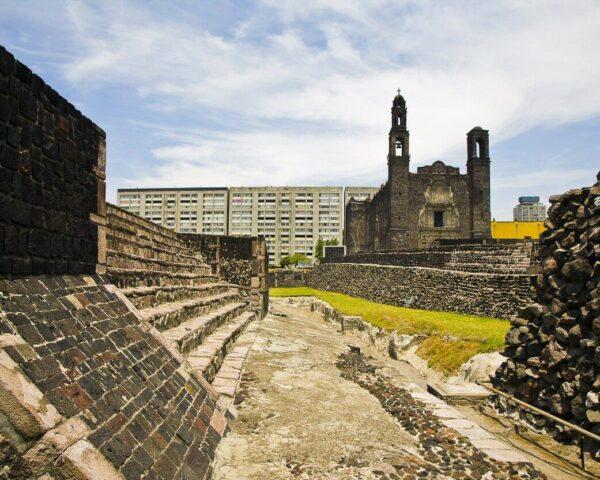 Plaza de las Tres Culturas en Ciudad de México