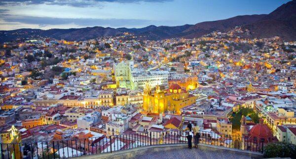 Atardecer desde el mirador de Pípila en Guanajuato en México