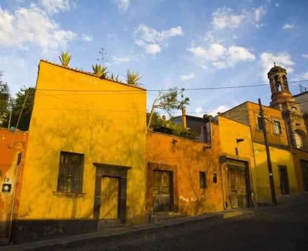 Casas tradicionales en centro histórico de San Miguel de Allende