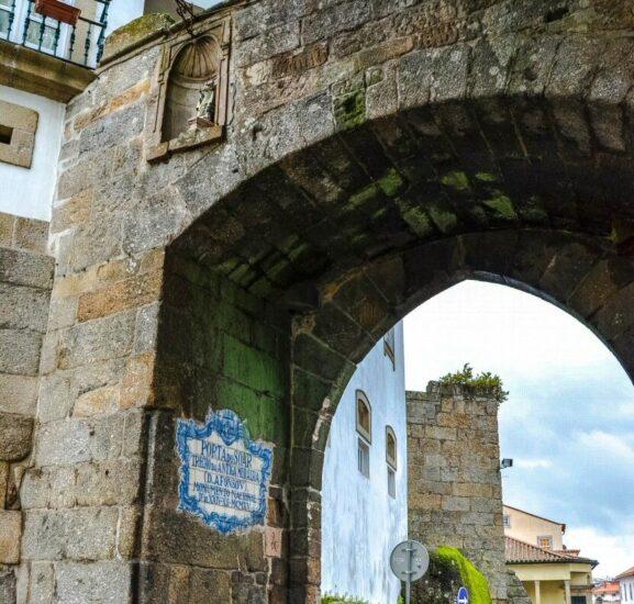 Porta do Soar en Viseu en la región Centro de Portugal