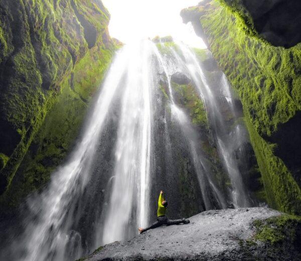 Cascada Gljufrafoss en Islandia